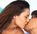 10 quirky facts about kissing